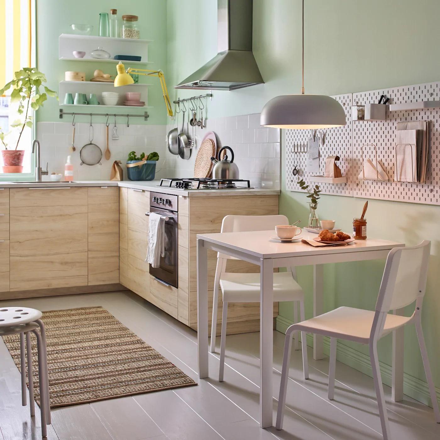 Harmonisches Esszimmer auf wenig Raum - IKEA