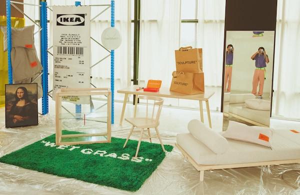 Hele MARKERAD-kolleksjonen vises på et varehus.