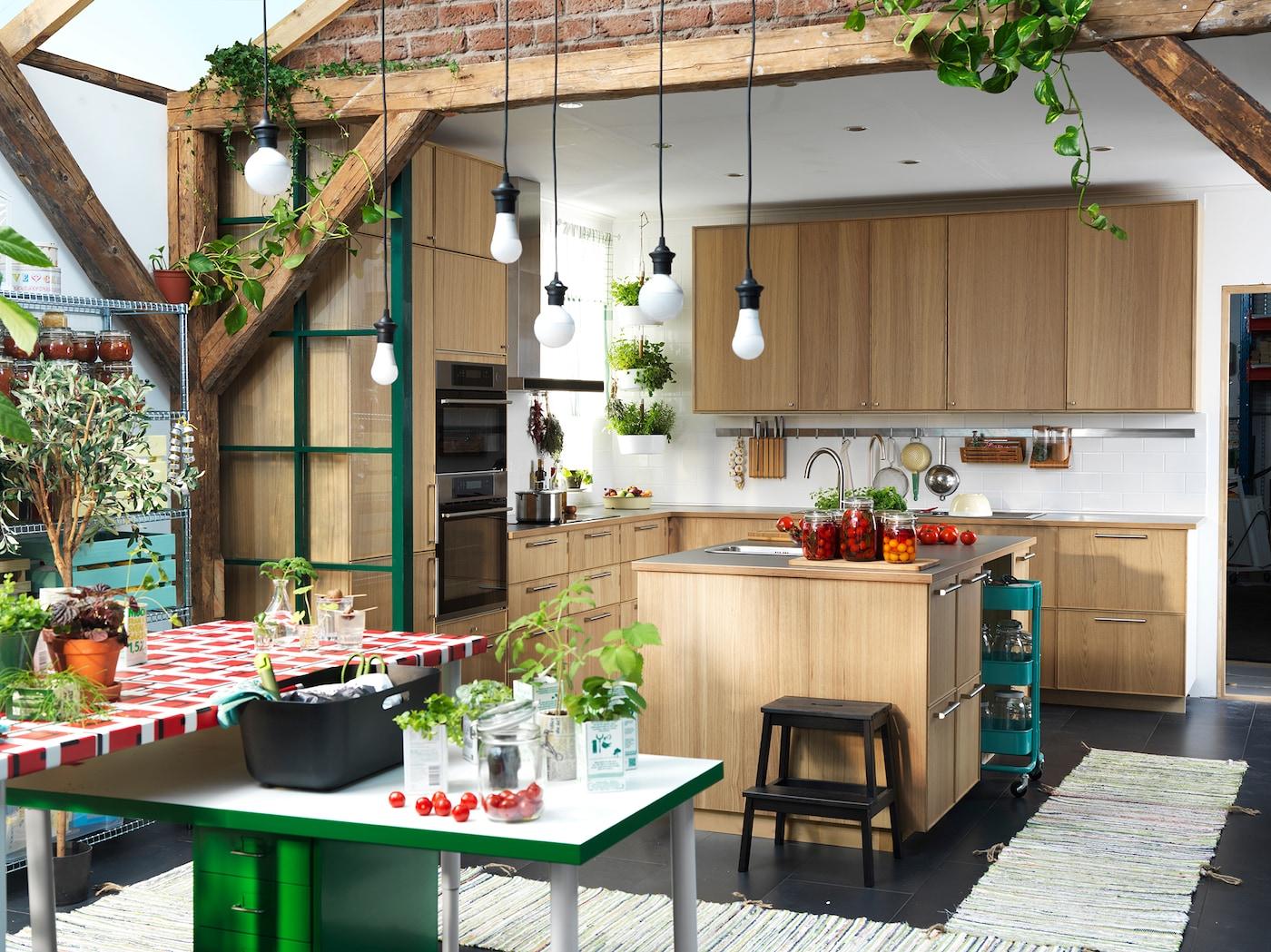 Kräutergarten in deiner Küche anlegen - IKEA Deutschland