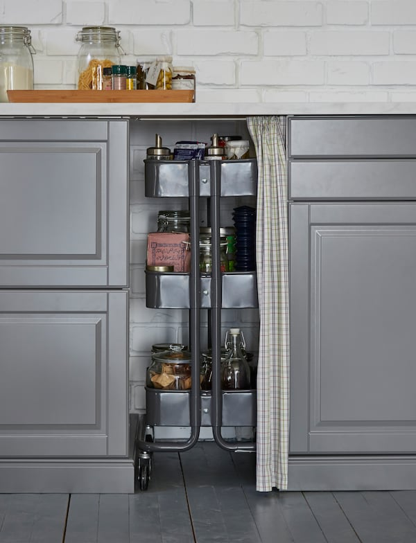 Help use your kitchen's awkward spaces, with the help of this RÅSKOG tolley in between cabinets.