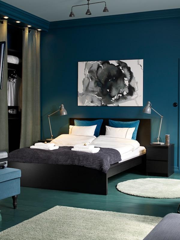 Hospitality accommodation furnishings