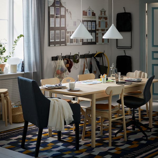 How to create an inclusive dining table.