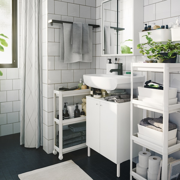 How to get a space-saving bathroom on a budget.