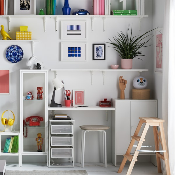 How to go wall-to-wall on a small budget.