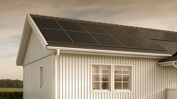 Hustak med SOLSTRÅLE plus solcellspaket.