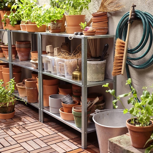 HYLLIS in/outdoor shelving unit.