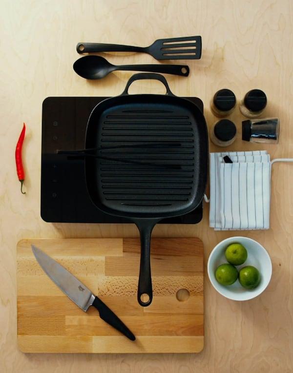 Hyvä kokkiveitsi on kokin tärkein työväline. Kunnollinen parilapannu tekee kokkauksesta ilon.