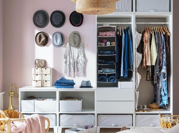 Ideas para guardar la ropa sin comprar muebles
