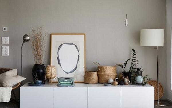 IKEA BESTA Kommode als optimales Sideboard im Wohnzimmer.
