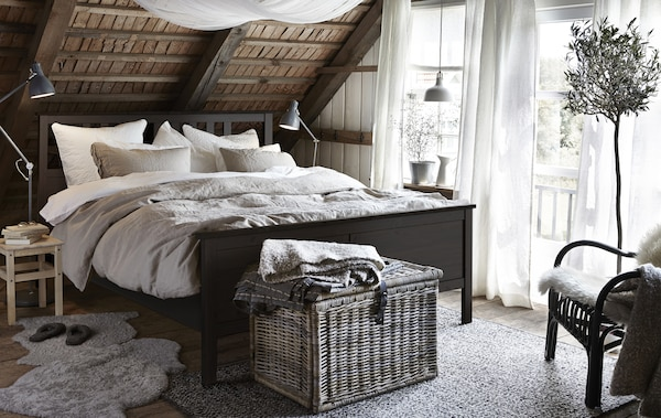 rustikales schlafzimmer im landhausstil ikea. Black Bedroom Furniture Sets. Home Design Ideas