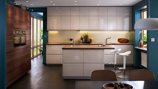 bilder av voxtorp kj kken i hvit ikea. Black Bedroom Furniture Sets. Home Design Ideas