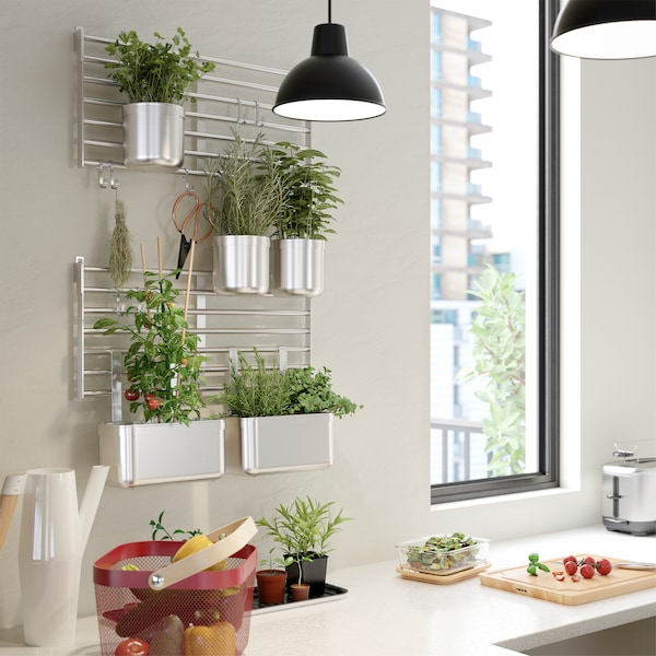 IKEA KUNGSFORS wall grid in stainless steel can be mounted directly to the wall or with KUNGSFORS suspension rail.