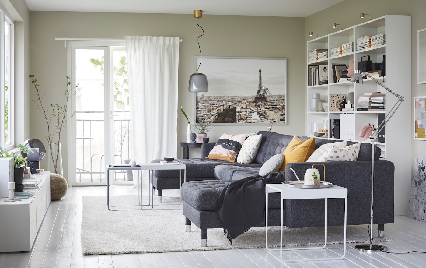 An airy living room for the whole family & An airy living room for the whole family - IKEA