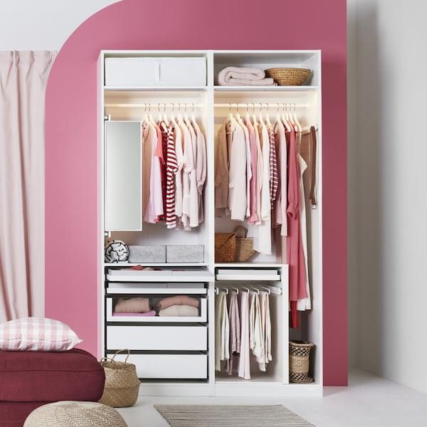 IKEA PAX Kleiderschrank mit KOMPLEMENT Trenner