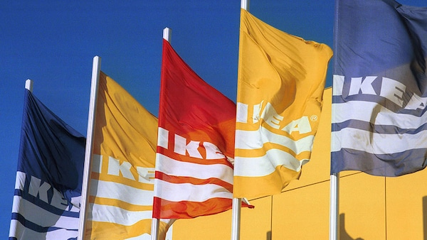 Ikea Spenden Corona Fahnen