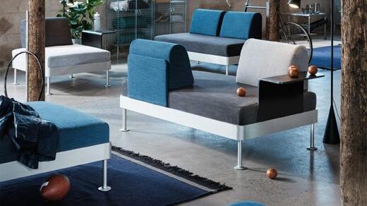 IKEA Wohnzimmer Serie, DELAKTIG Kollektion, Stuhl und Récamiere, blau, grau