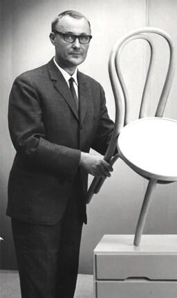 イケアはイングヴァル・カンプラードが1943年に創業しました。そのビジネス理念は、美しく機能的なデザインの製品を低価格で提供することでした。