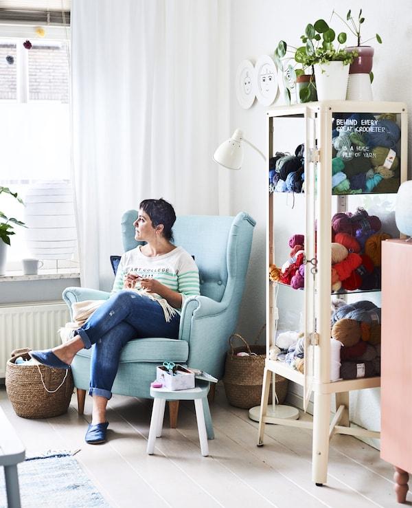 entspannungsecke im wohnzimmer einrichten ikea. Black Bedroom Furniture Sets. Home Design Ideas