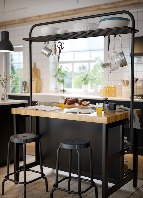 Davantage D Espace De Rangement Grace A L Ilot De Cuisine Ikea