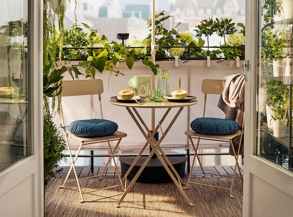 Improving outdoor space, balcony furniture set SALTHOLMEN table and chairs for activity outdoor.