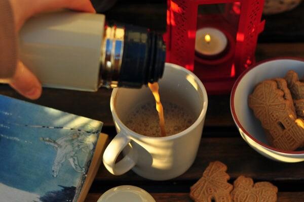 In der Sonne lässt sich der Kaffee auch in den Wintermonaten draußen genießen.
