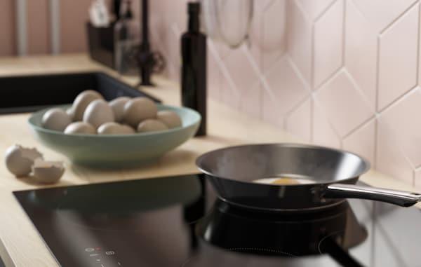 Induktionskochfelder sind wahre Küchenhelden und Sparfüchse.