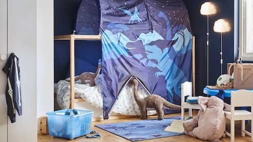 Familia tematică de textile și jucării cu dinozauri JÄTTELIK