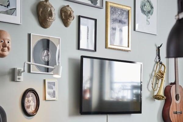 Jak powiesić zdjęcia na ścianie?