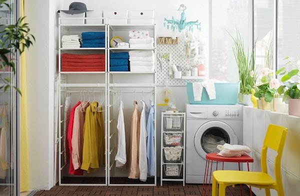 Mensole Componibili Ikea.Lavanderia Cesti E Contenitori Per Vestiti Ikea