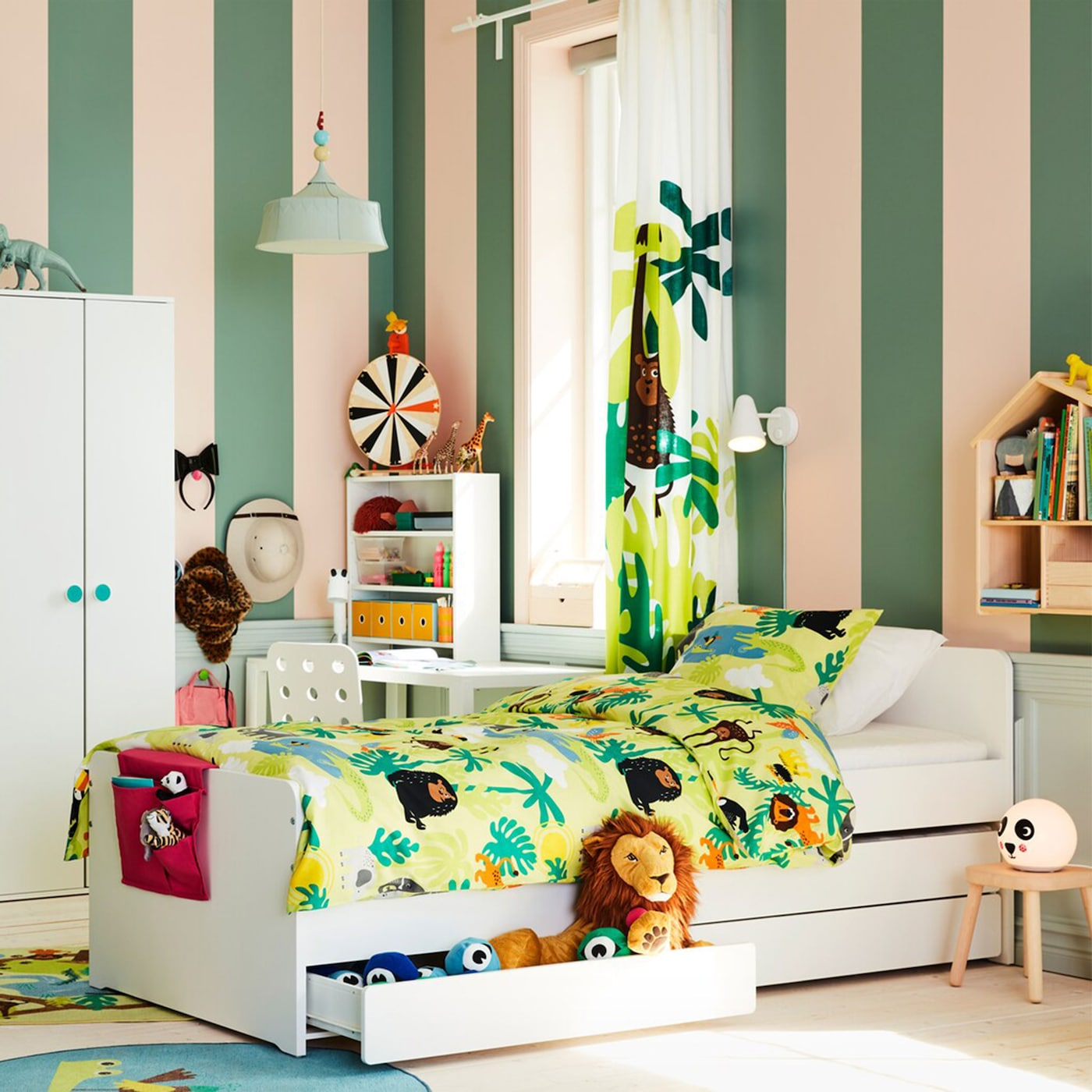 A children's room jungle - IKEA