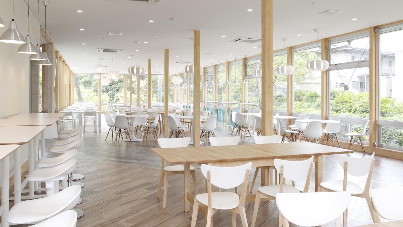 カフェレストランをイケアの家具でまるごとプロデュース