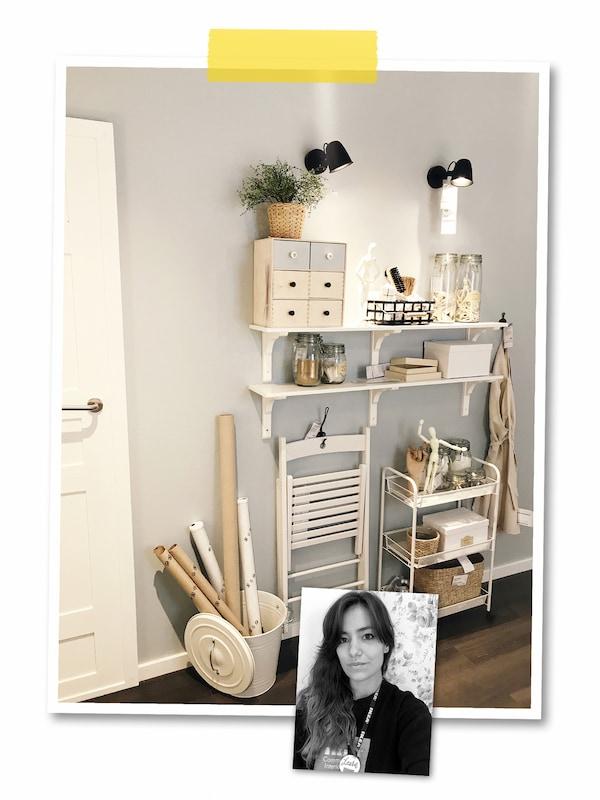 Kahden kuvan kollaasi: Isossa kuvassa harmaa seinä, jossa seinähyllyt ja koukussa roikkuva tuoli sekä seinän vierellä tarjoiluvaunu. Pienessä kuvassa mustavalkoinen kasvokuva IKEA-työntekijästä.