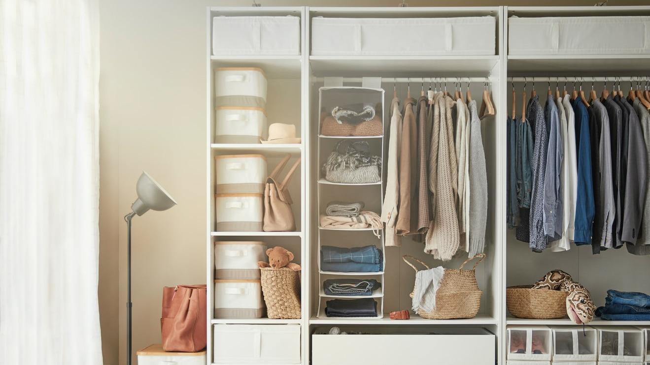 Как организовать хранение в спальне?
