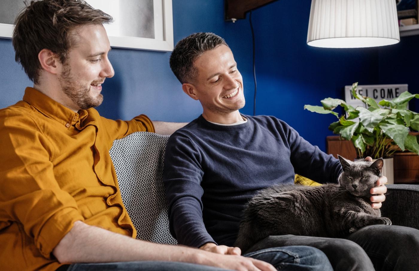Ikea naureskelee Applen uutuudelle – katso hulvaton mainos