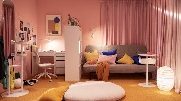 kallax bookcase student room