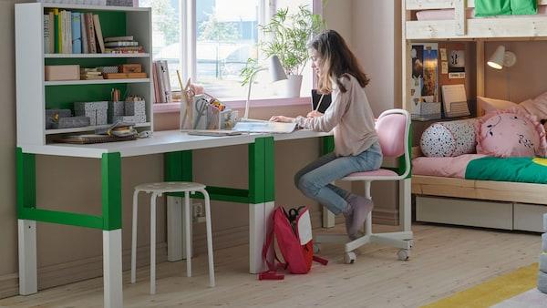 kinderbureau kinderkamer thuis leren
