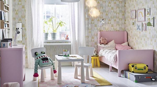 Nachtkastje Kinderkamer Afbeeldingen : Kinderen richt de kinderkamer in met kindermeubels ikea