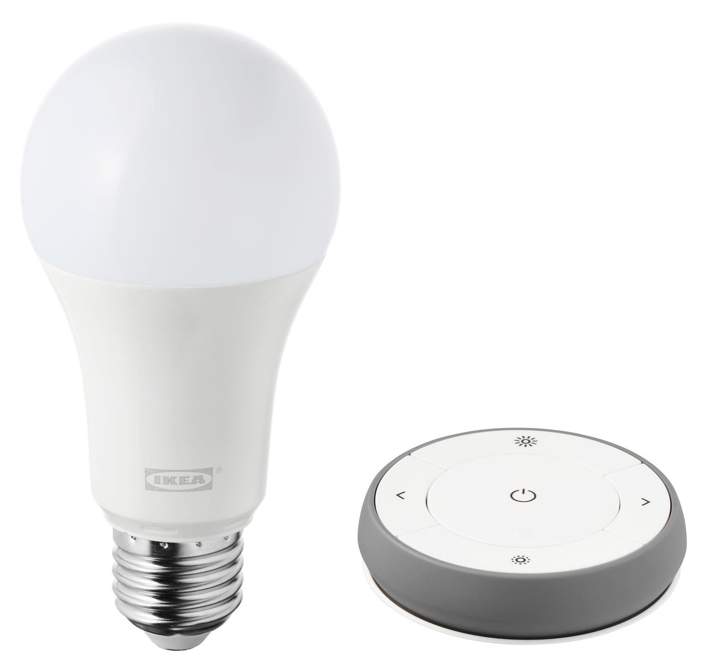 Kit regulador de intensidade TRÅDFRI, espectro branco, inclui uma lâmpada LED e comando.