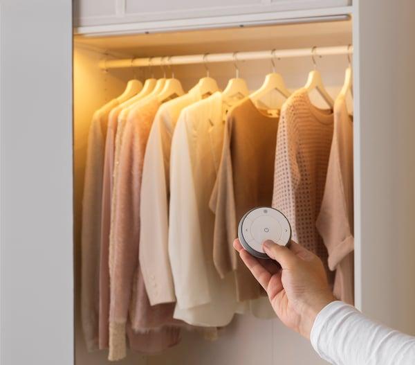 Kleiderschrankbeleuchtung