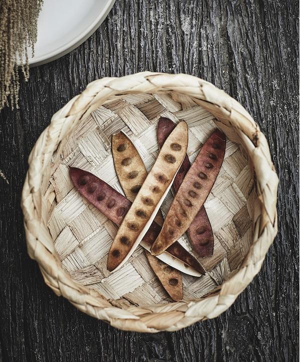 Košík z kolekce HANTVERK z banánových listů