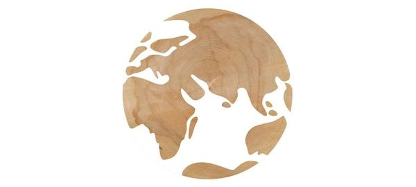 Kreslený globus s bílou vodou a pevninou ze dřeva.