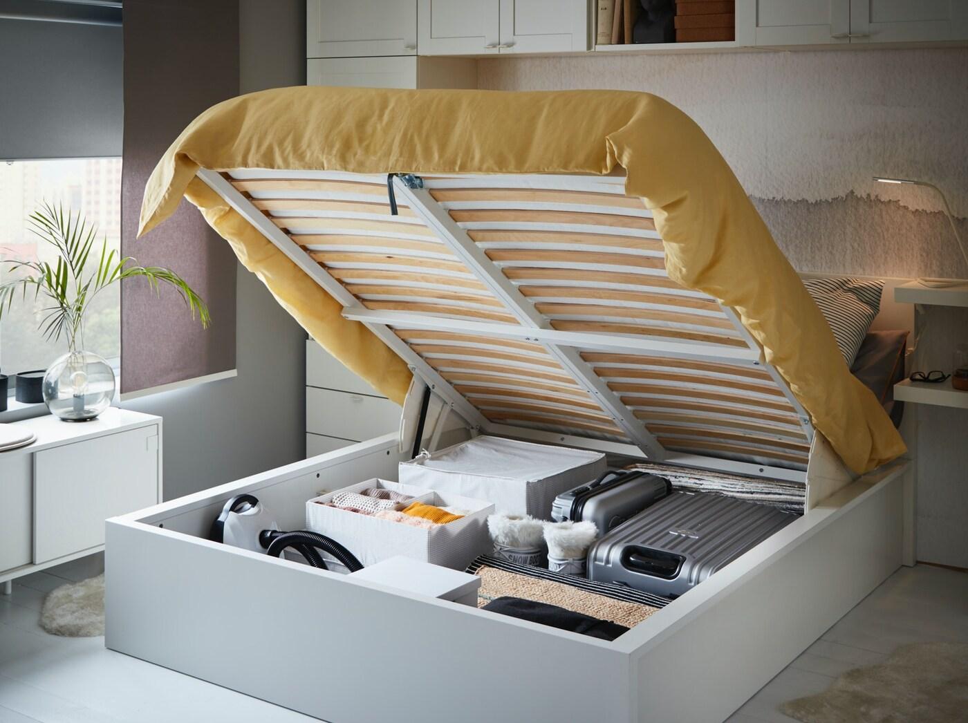 Кровать МАЛЬМ с местом для хранения под основанием