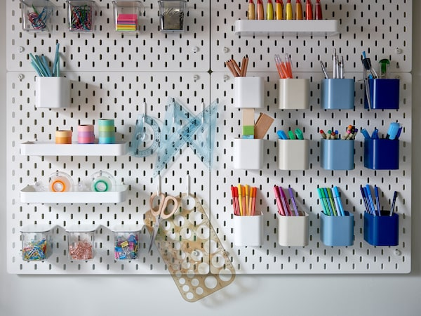 كيفية تنظيم مكتبك بالكامل.