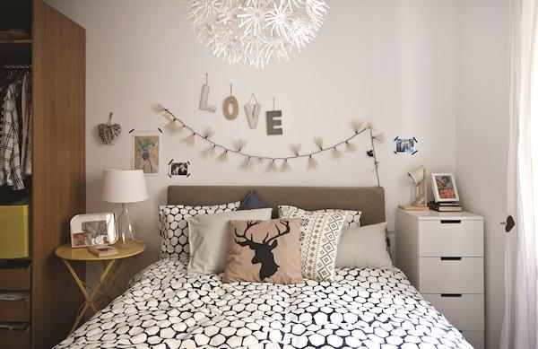 Idées de rangement astucieuses pour la chambre - IKEA