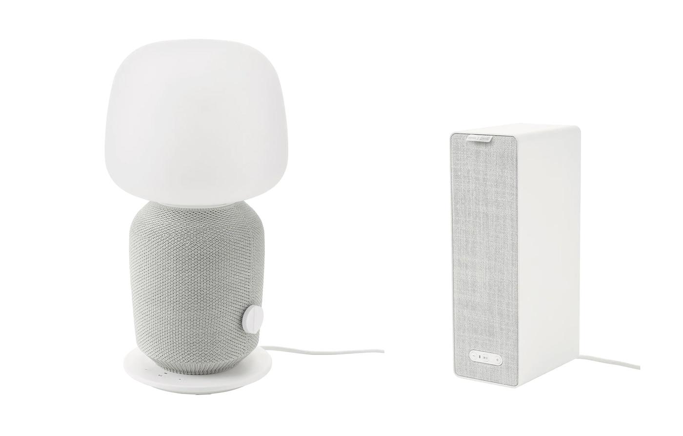 Lampada da tavolo con cassa Wi-Fi SYMFONISK in bianco e grigio su sfondo bianco - IKEA