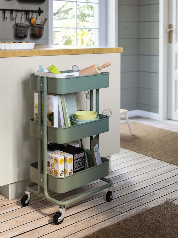 Link to the kitchen islands & carts category page