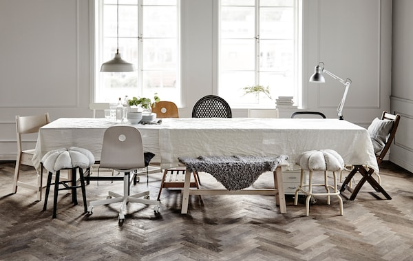 Make a sit down entertaining space.