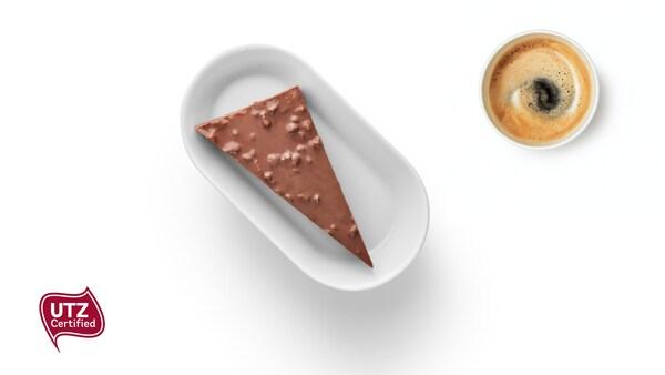 Mandelkuchen mit Daim + 1 Kaffee