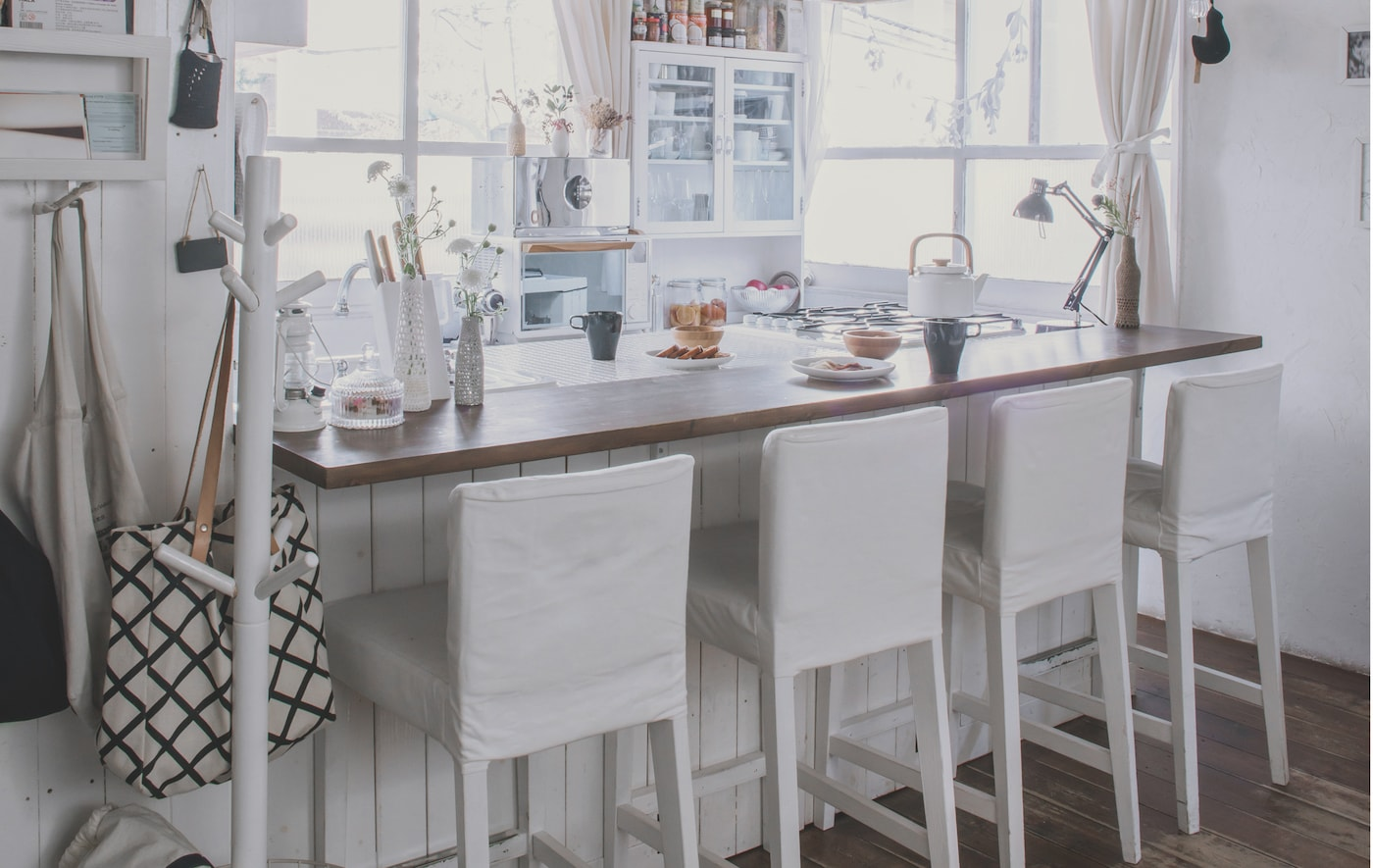 Mealtimes take place at the kitchen counter in Kaoli's tiny Tokyo home.