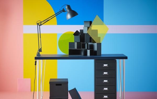 Mesas de estudio y dibujo para niños IKEA